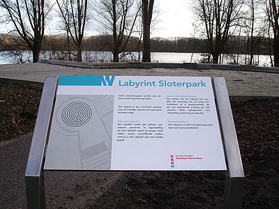 Bord: Labyrint Sloterpark