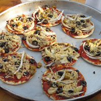 De eerste pizza's! - natuurspeeltuin De Natureluur