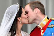 De kus van prins William en Kate